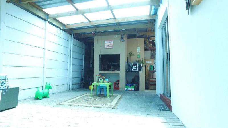 House For Sale in Voorbrug, Delft