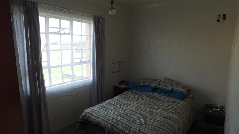 Duplex For Sale in Leondale, Elsies River